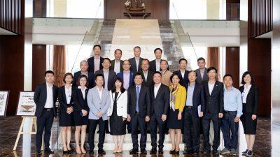 Thứ trưởng Bộ ngoại giao Nguyễn Minh Vũ cùng các Đại sứ thăm, làm việc tại Tập đoàn An Phát Holdings