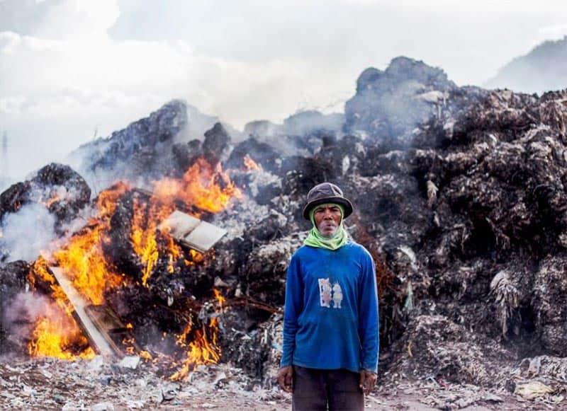 Đốt rác thải nhựa có thể tạo ra nhiều khí CO2 và các khí độc hại như furan, dioxin