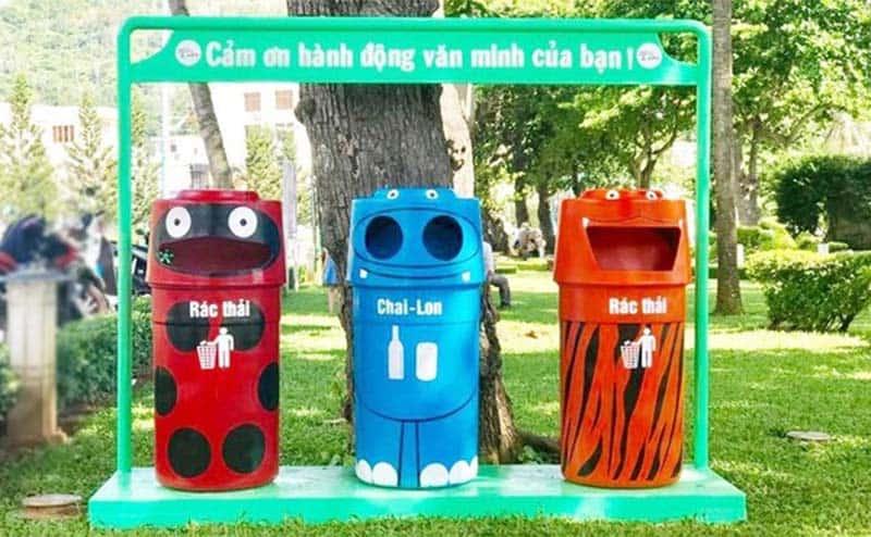 Phân loại rác thải là bước đơn giản để quá trình xử lý và tái chế rác thải trở lên nhanh chóng hơn. (Nguồn ảnh: Báo Sài Gòn đầu tư)