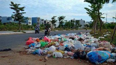 Bộ Tài nguyên và Môi trường nhận định, chất thải nhựa ở Việt Nam chiếm 8% - 12% lượng chất thải trong sinh hoạt. (Nguồn ảnh: Báo mới)