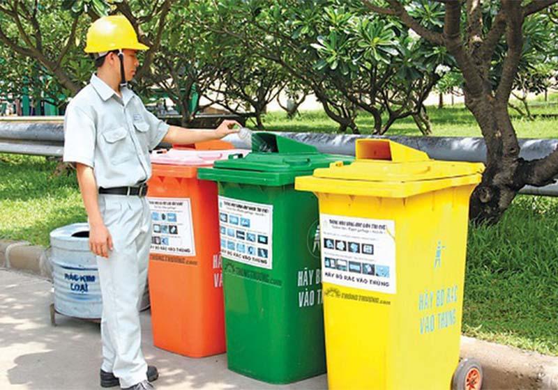 Phân loại và thu gom rác thải nhựa ngay từ đầu nguồn để nâng cao hiệu quả tái chế