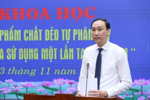 Thạc sĩ Phùng Khánh Tài, Phó Chủ tịch Uỷ ban Trung ương Mặt trận Tổ quốc Việt Nam phát biểu khai mạc và báo cáo đề dẫn Hội thảo