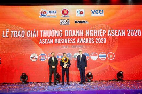 Ông Đinh Xuân Cường, Phó Chủ tịch, Tổng Giám đốc Tập đoàn An Phát Holdings đã vinh dự nhận giảiDoanh nghiệp ASEAN tiêu biểu trong Phát triển nguồn nhân lực năm 2020.