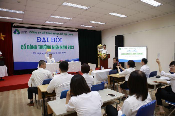 ĐHCĐ Công ty CP Nhựa Hà Nội diễn ra thành công sáng 27.4-nhh