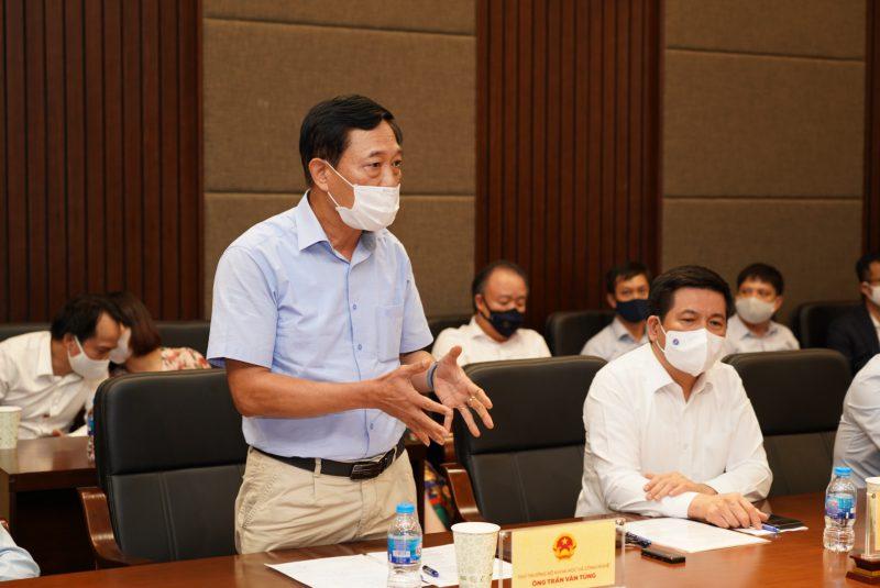Ông Trần Văn Tùng - Thứ Trưởng Bộ Khoc học & Công nghệ phát biểu